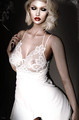 """Your clothes should be tight enough to show that you are a woman, but also loose enough to show that you are a lady. """"Marilyn Monroe"""""""