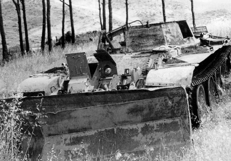 T-55-APC-open-SLA-f-5