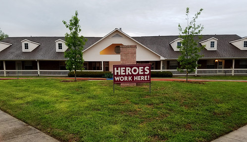 "Retirement home in the era of COVID-19: ""Heroes Work Here!"" 