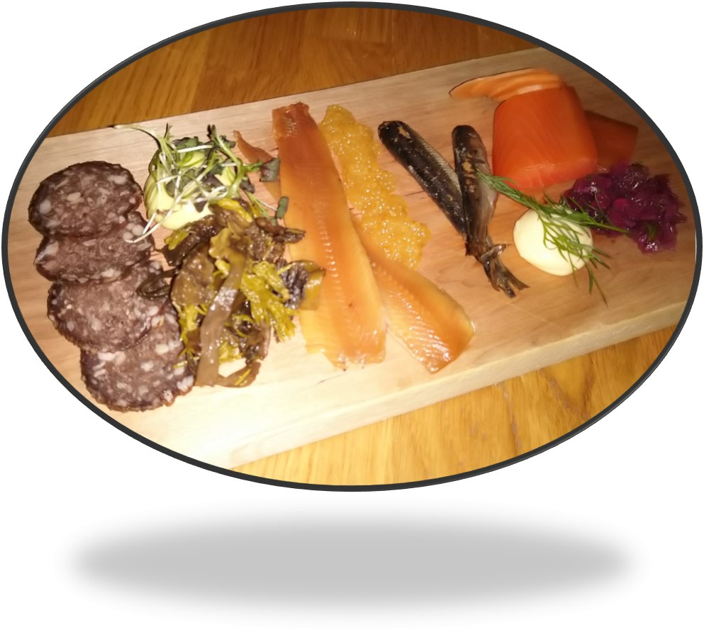 oval of combo platter
