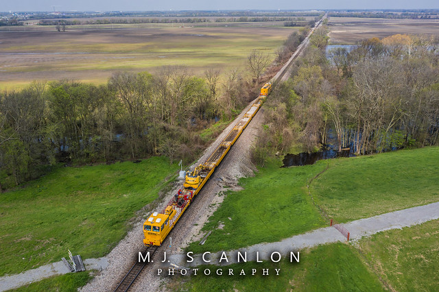 HZGX 21100 | MoW Equipment | BNSF Thayer South Subdivision