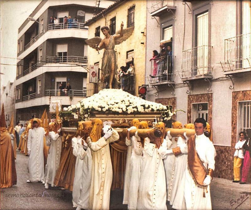 1980-03-30_angel_custodio_hombres_de_trono