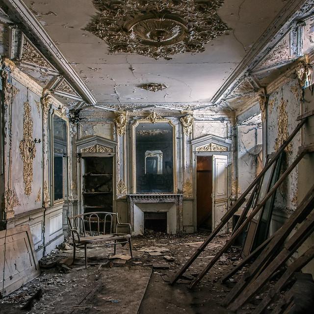 Hotel decadence