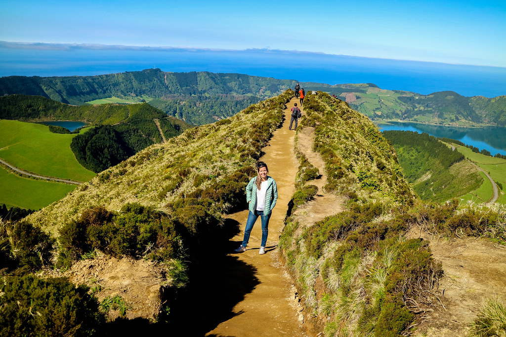 Miradouro Boca do Inferno con vistas a los lagos y volcan de Sete Cidades