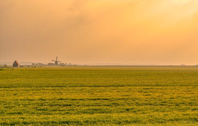 Minimalistic Dutch landscape.