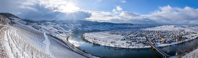 Trittenheimer Apotheke during Winter