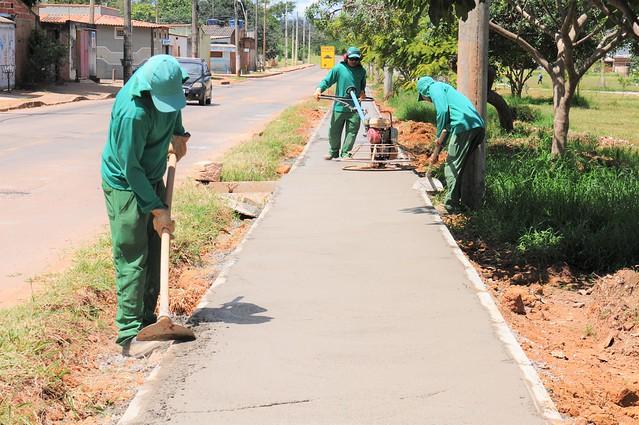 Brazlândia ganha 8 quilômetros de novas calçadas