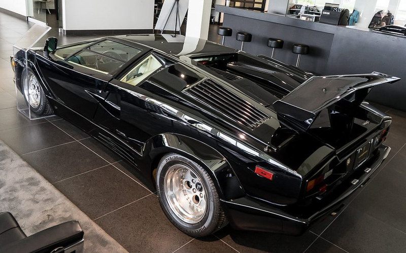 Lamborghini-Countach (6)