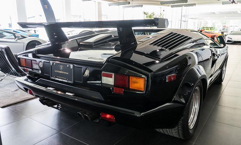 Lamborghini-Countach (5)