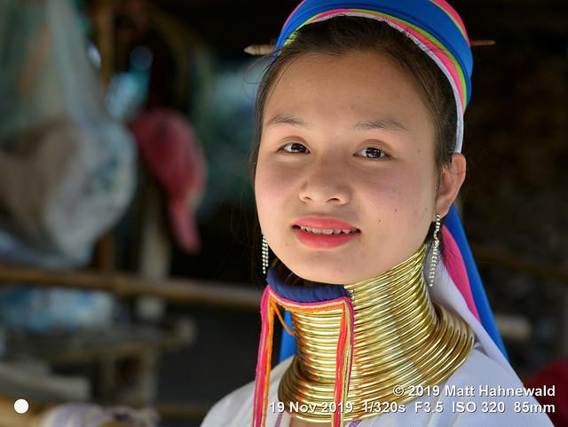 2015-11c Kayan Longneck Chiang Mai 2019 (03)