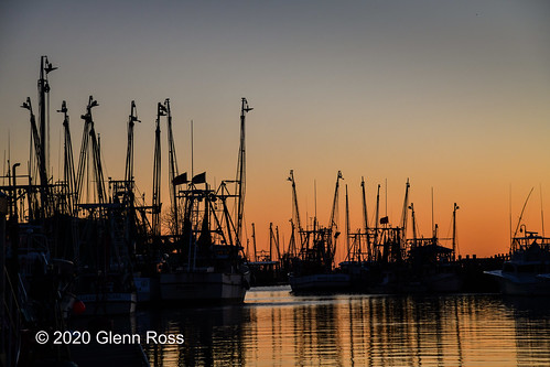 shrimp boats sunset shem creek mount pleasant south carolina reflections