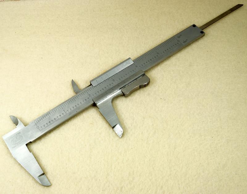 RD20908 Vintage Helios Stainless 6 inch Vernier Caliper Germany Inside Outside Depth DSC01918