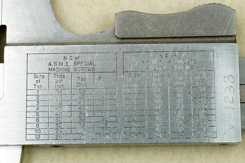 RD20908 Vintage Helios Stainless 6 inch Vernier Caliper Germany Inside Outside Depth DSC01915