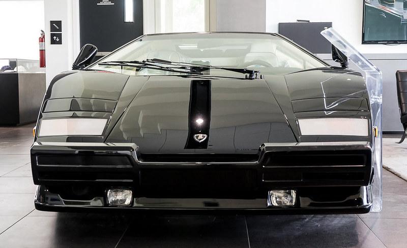 Lamborghini-Countach (2)