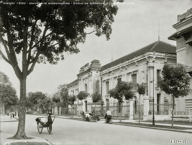 HANOI 1930 - Université indochinoise - Ecole de Médecine et de Pharmacie.
