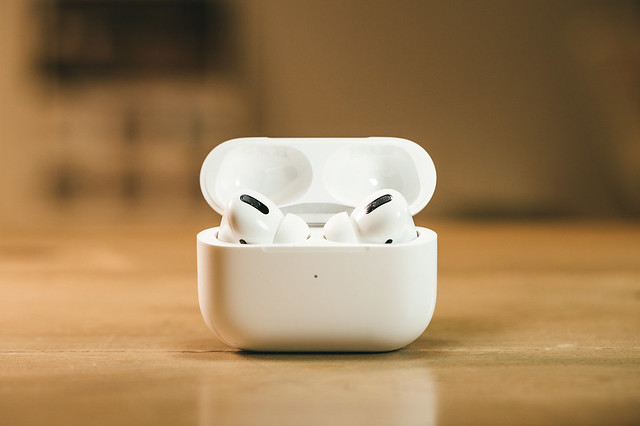 airpods458A2947_TP_V
