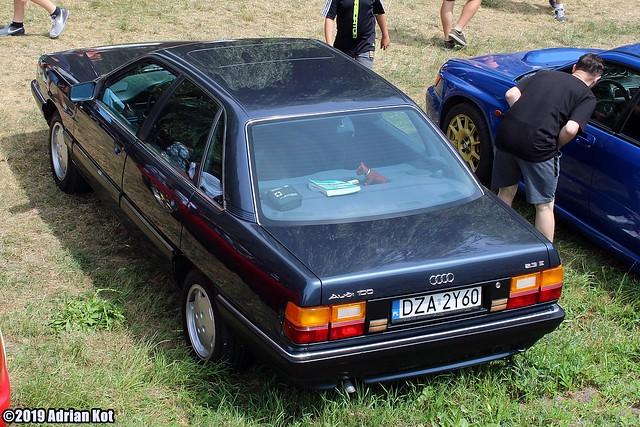 Audi 100 C3 2.3E