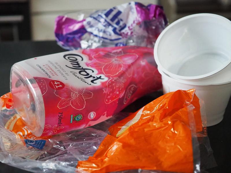 Muovipakkaukset kotitalouksista kiertoon