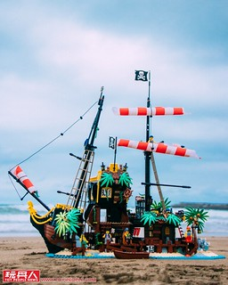 LEGO 21322 Ideas 系列【梭魚灣海盜】Pirates of Barracuda Bay 開箱報告!既是堅固堡壘也是承載夢想的海盜船~