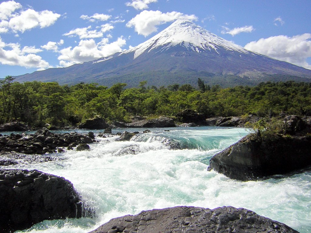 Volcano_Osorno_and_Petrohué_waterfalls