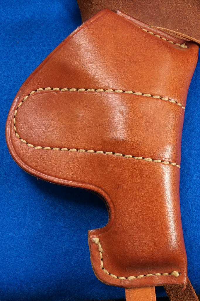 RD29399 George Lawrence Leather Holster 523 7 Colt D Agent Cobra Detective Special 2 in DSC02043