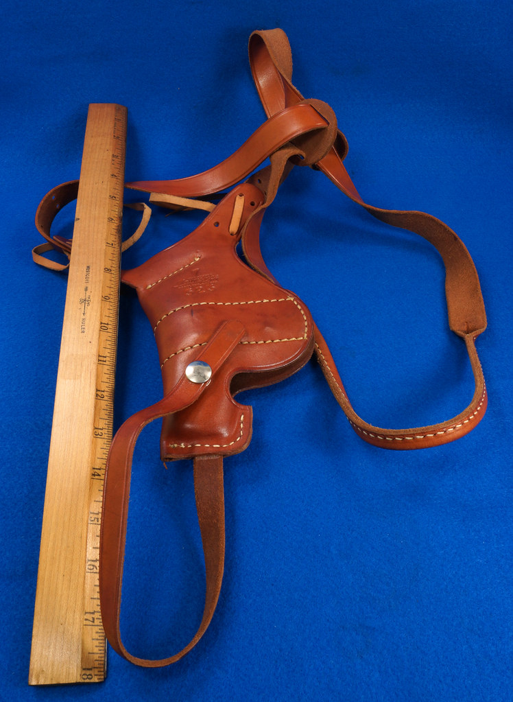 RD29399 George Lawrence Leather Holster 523 7 Colt D Agent Cobra Detective Special 2 in DSC02040