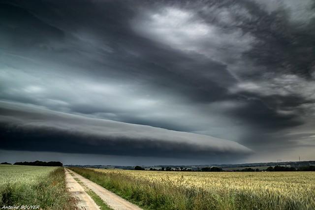 Arrivée d'un puissant orage - Arcus - 18/06/2019