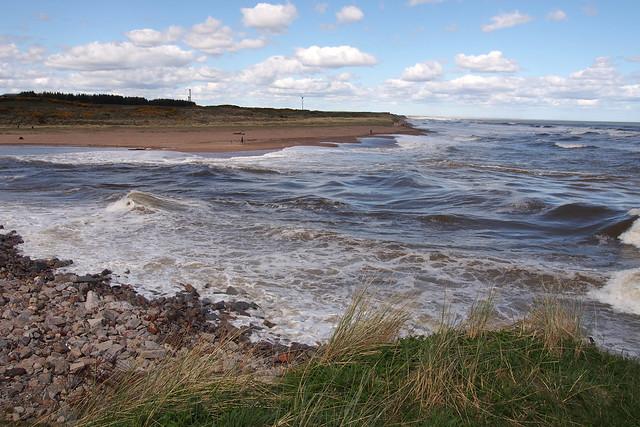 The River Don reaches the sea near Abderdeen