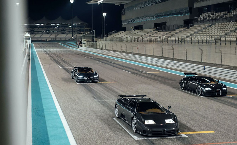 Bugatti-EB110-Veyron-Chiron (7)