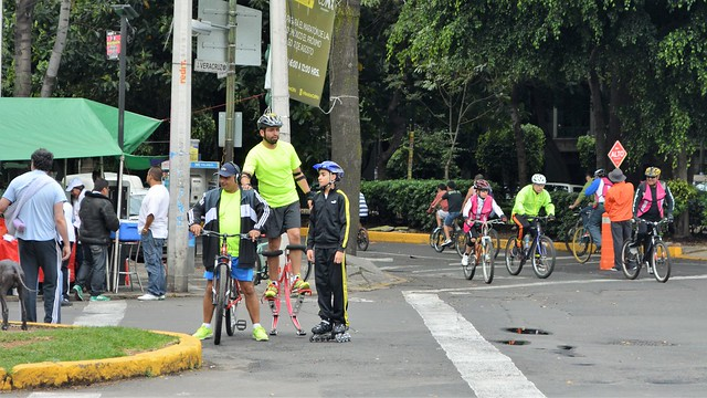 Cycling Sunday on Reforma 19 October 2014 (18)