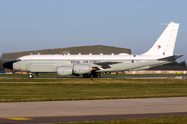 ZZ666 / Royal Air Force / Boeing RC-135W Rivet Joint