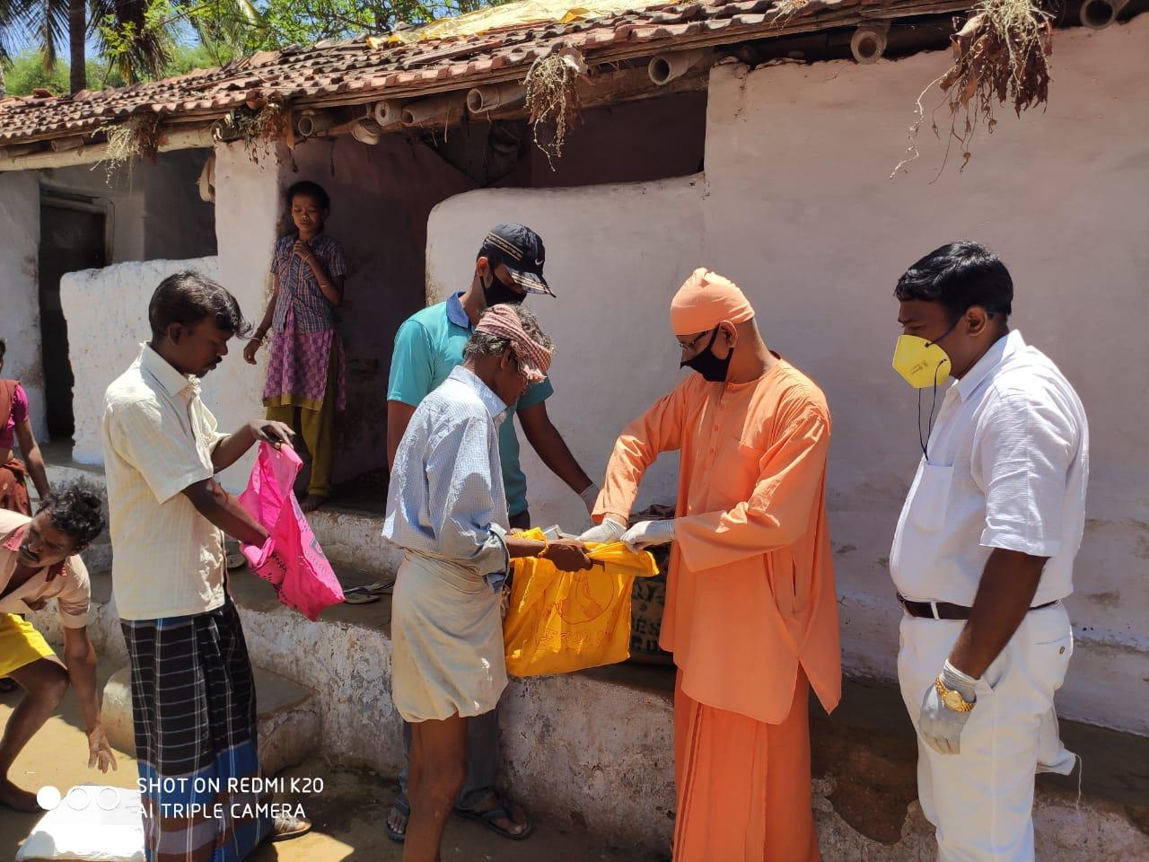 Relief work by Vidyalaya – COVID-19