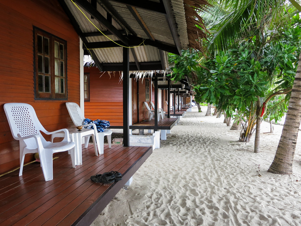 Bottle Beach 1 Resort bungalow