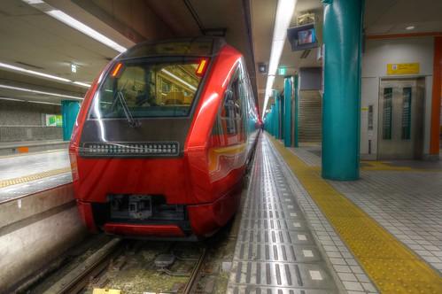01-04-2020 Nara, Kintetsu-Nara Station in early morning (7)