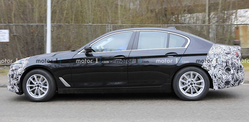 2021-bmw-5-series-facelift-spy-photo (3)