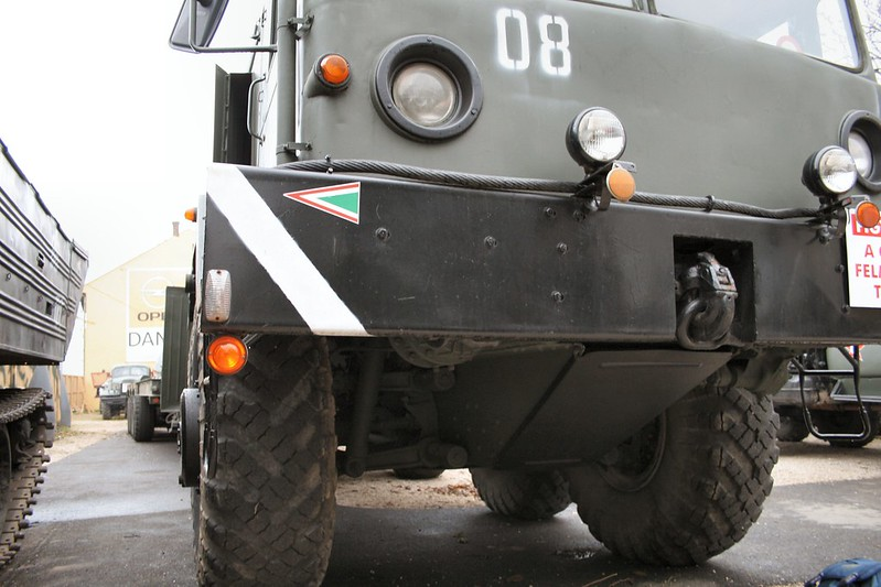 MAZ-537 Schwer Prime Mover 3