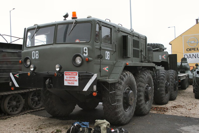 MAZ-537 Heavy Prime Mover 1
