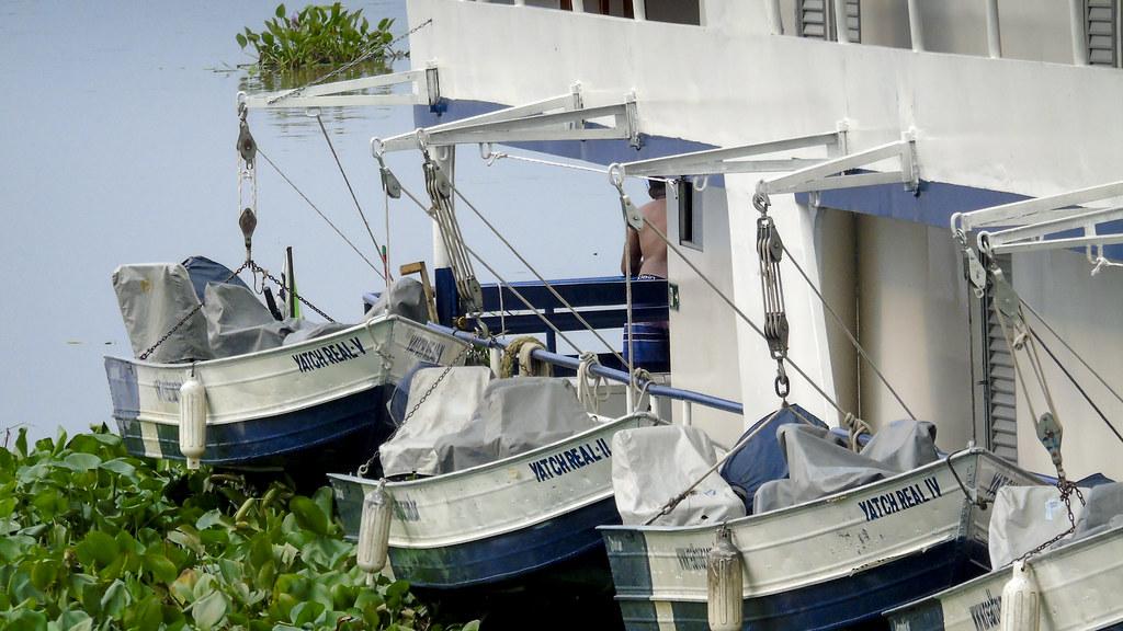 Embarcações no porto