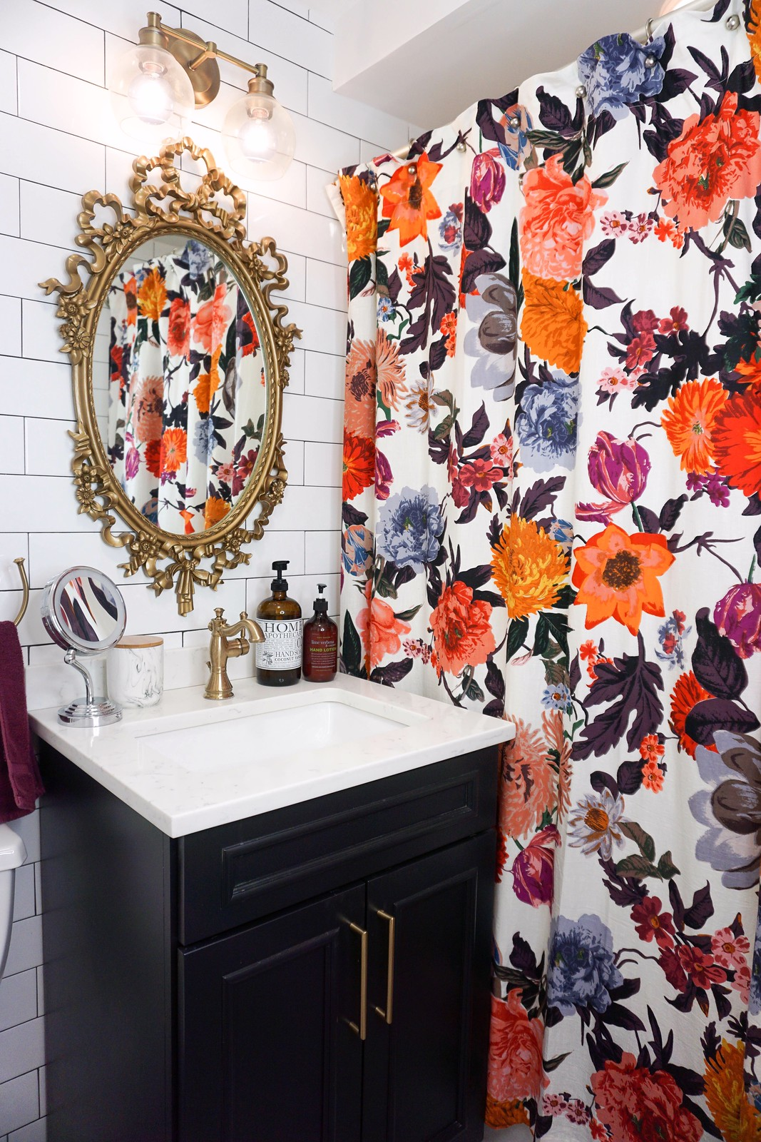 Eclectic Boho Colorful Small Bathroom | 5 Practical Tips for Designing a Small Bathroom