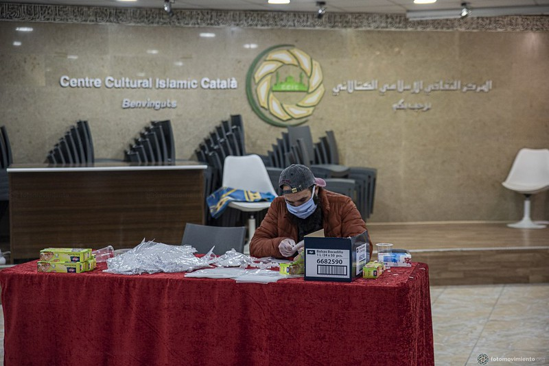 2020_03_31 Mascaretes solidàries Centre Cultural Islàmic Català_JoannaChichelnitzky (10)