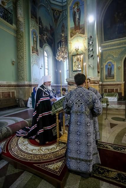 01 апреля 2020, Митрополит Кирилл совершил утреню с чтением Великого канона преподобного Андрея Критского в Казанском соборе