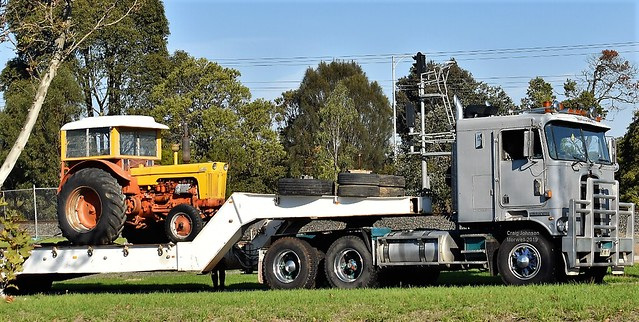 Classic Cabover Kenworth at Morwell