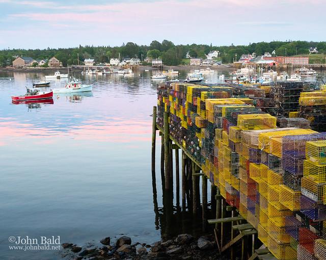 Bass Harbor, Bernard, Maine  (99135)