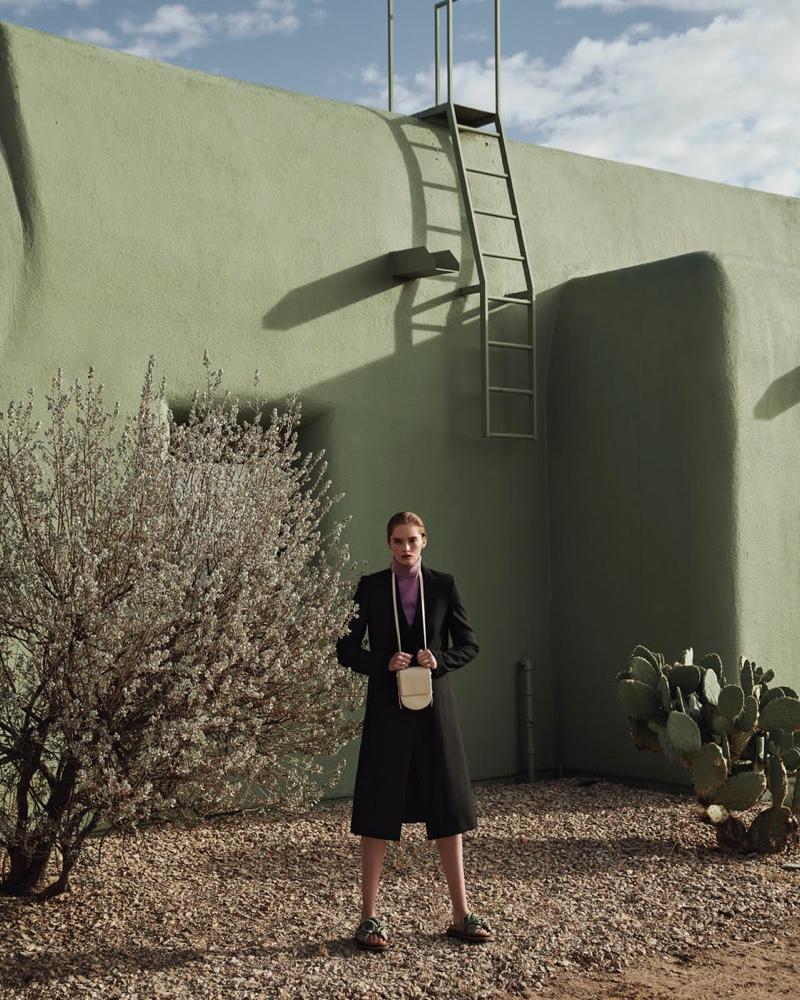 Alexina-Graham-Outdoor-Photos03