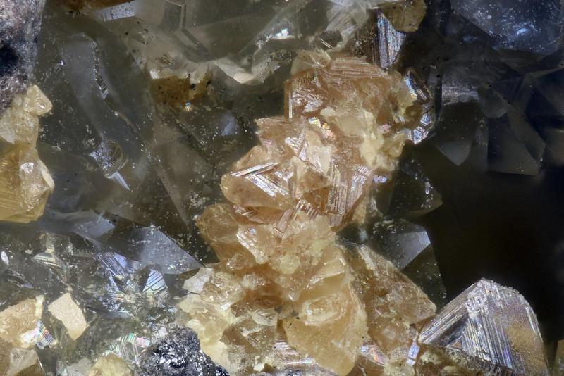 閃亜鉛鉱 / Sphalerite
