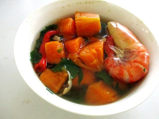 Sayur rebus - sweet potatoes & cangkok manis