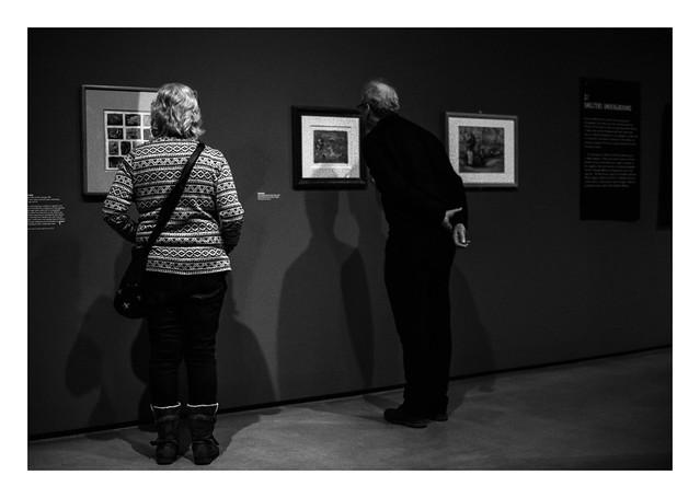 Gallery shadows