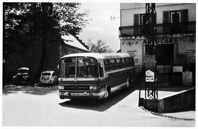Postcard Mercedes-Benz O302 Autocars Gouy Villars de Lans (38 Isère) Mai 1971a