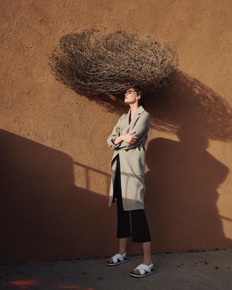 Alexina-Graham-Outdoor-Photos01