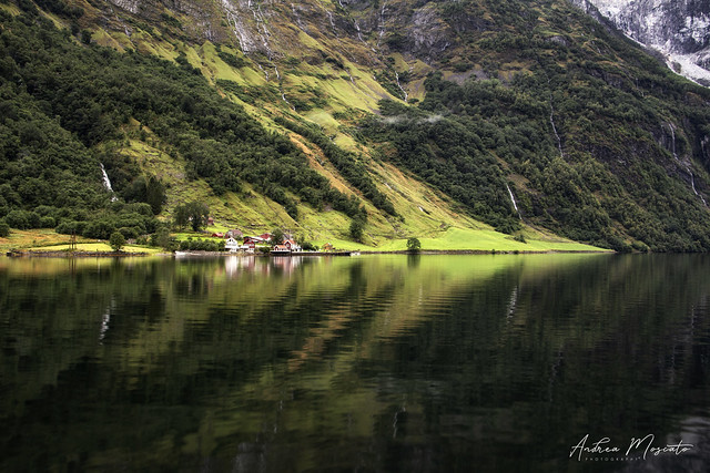 Tufte - Nærøyfjord (Norway)